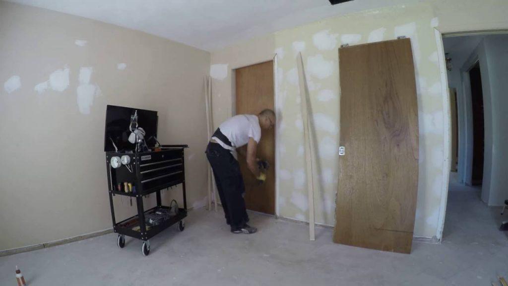 How To Remove A Pocket Door